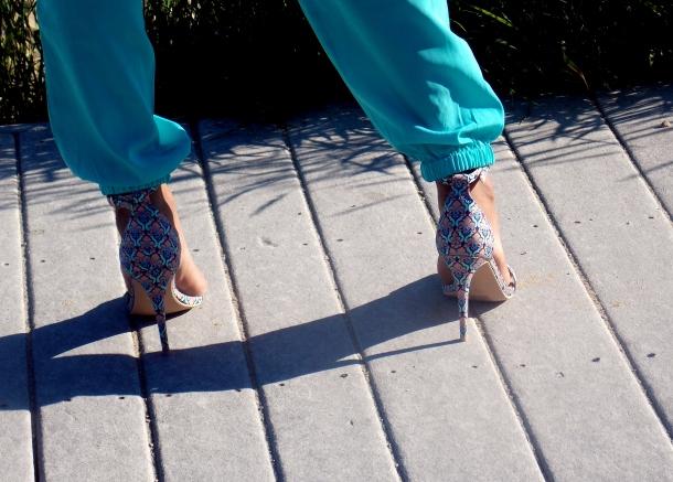 Details : Heels